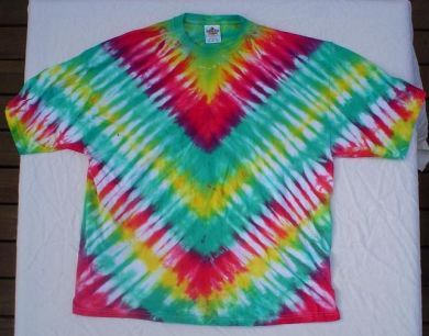 Tie Dye Heart Pattern | FaveCrafts.com - Christmas Crafts, Free